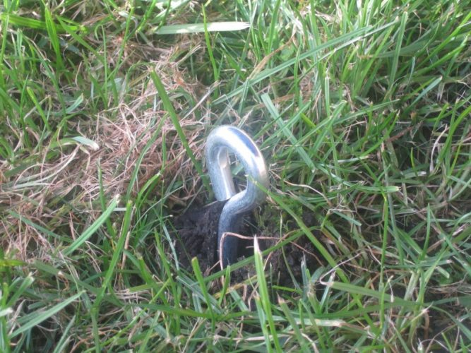 Trampoline Anchor Bolt In Ground