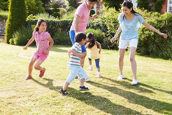 13 Outdoor Games for Family Fun