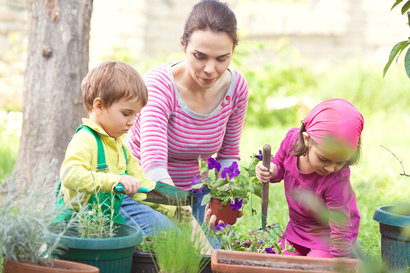7 Backyard Projects to Get Your Kids Outside this  Summer