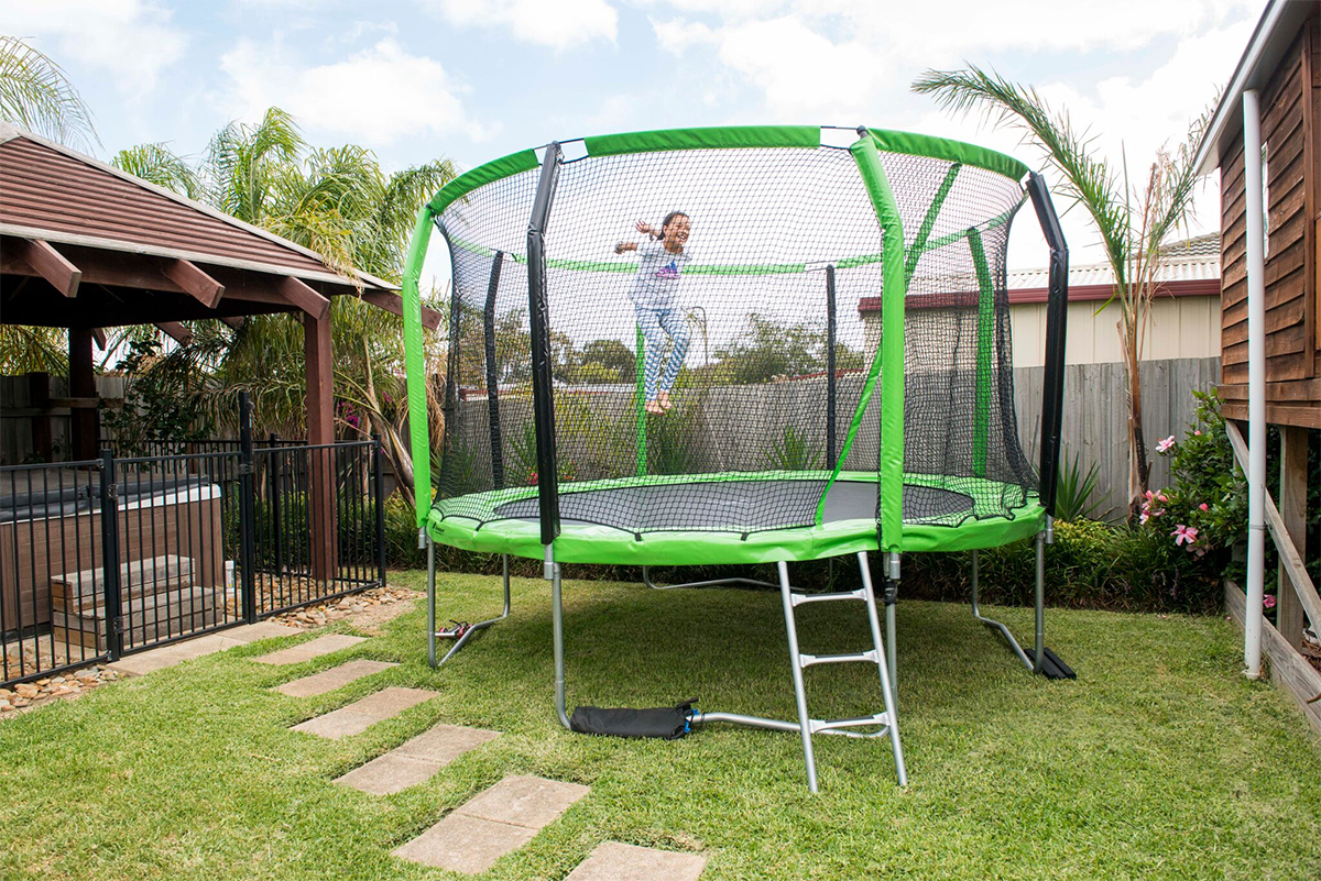 Oz Trampolines - Choosing your Child's First Trampoline (2)